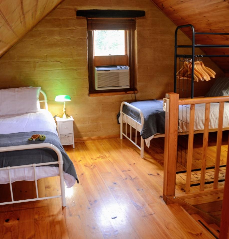 Bracken Cottage kids room